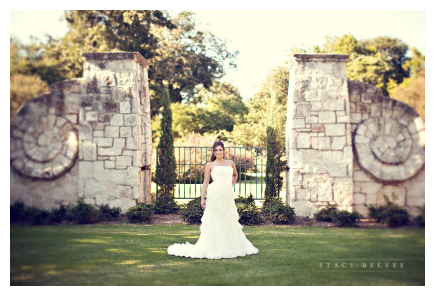 Bridal portrait session of Autumn Boatwright Harston at the Dallas Arboretum by Dallas wedding photographer Stacy Reeves