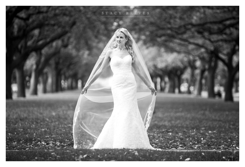 bridal portrait photo session of Candace Candy Reeves Flood on the SMU Southern Methodist University college campus by Dallas wedding photographer Stacy Reeves