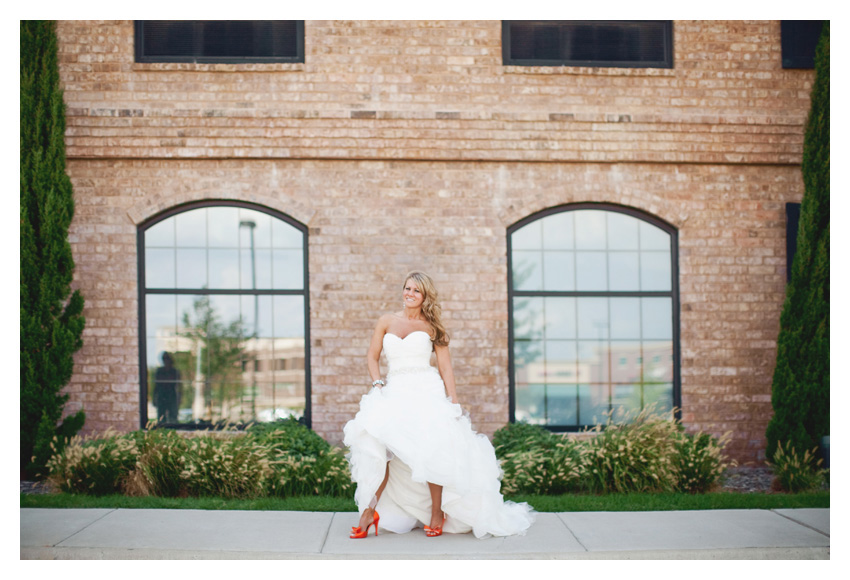 Kelly Sikes Byerly bridal portrait photo session at NYLO Hotel in Plano Texas by Dallas wedding photographer Stacy Reeves