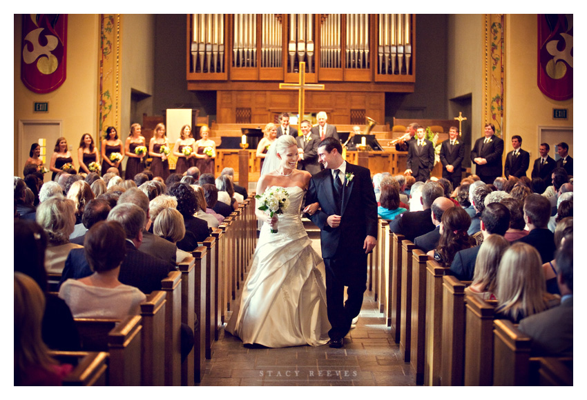 wedding of Caroline Boyd and Todd Cumbie at University Park United Methodist Church by Dallas wedding photographer Stacy Reeves