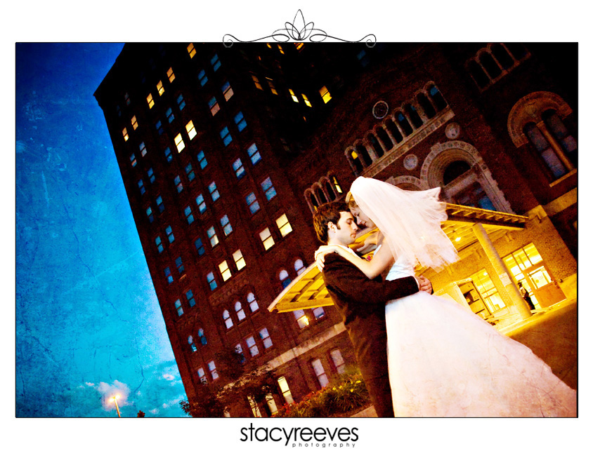 Destination wedding photography of Darbi Gibson and Neil Hebrank in Omaha Nebraska by Dallas wedding photographer Stacy Reeves