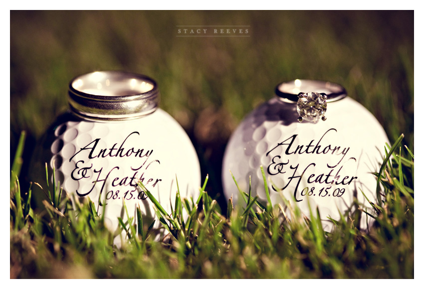 wedding photos of Heather Patterson and Anthony Simon at the Shadow Hawk Golf Club at the Houstonian Golf and Country Club in Richmond Texas by Dallas Wedding Photographer Stacy Reeves