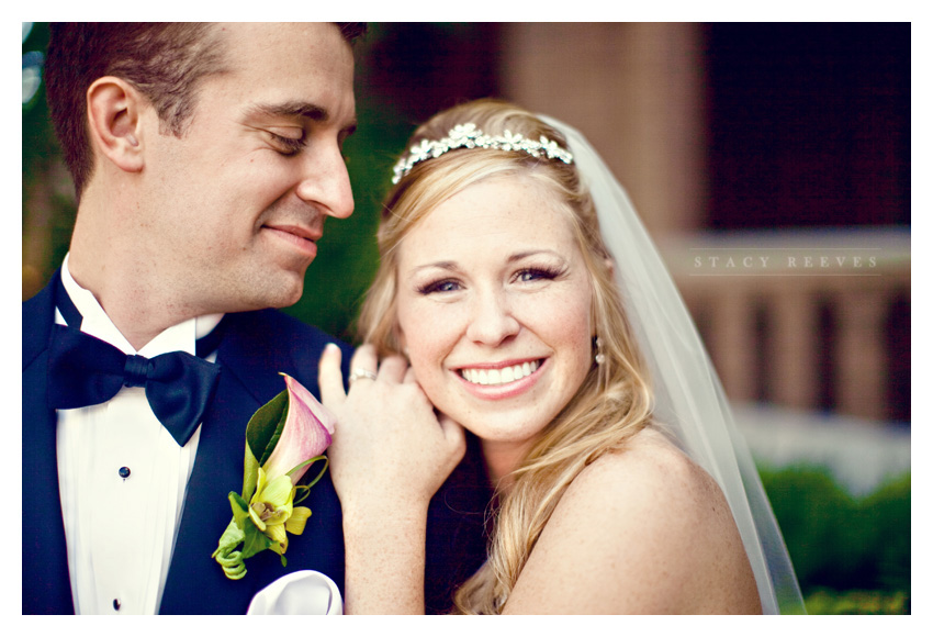 wedding of Leah Partridge and Brian Bayliss at First United Methodist Church and Crowne Plaza in downtown Houston by Dallas wedding photographer Stacy Reeves